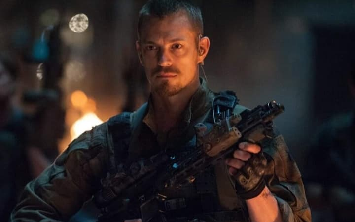 """THE SUICIDE SQUAD"": Joel Kinnaman tornerà nel sequel di James Gunn."