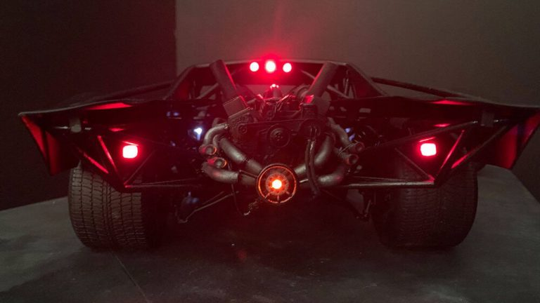 The Batman - Batmobile - Think Mobile